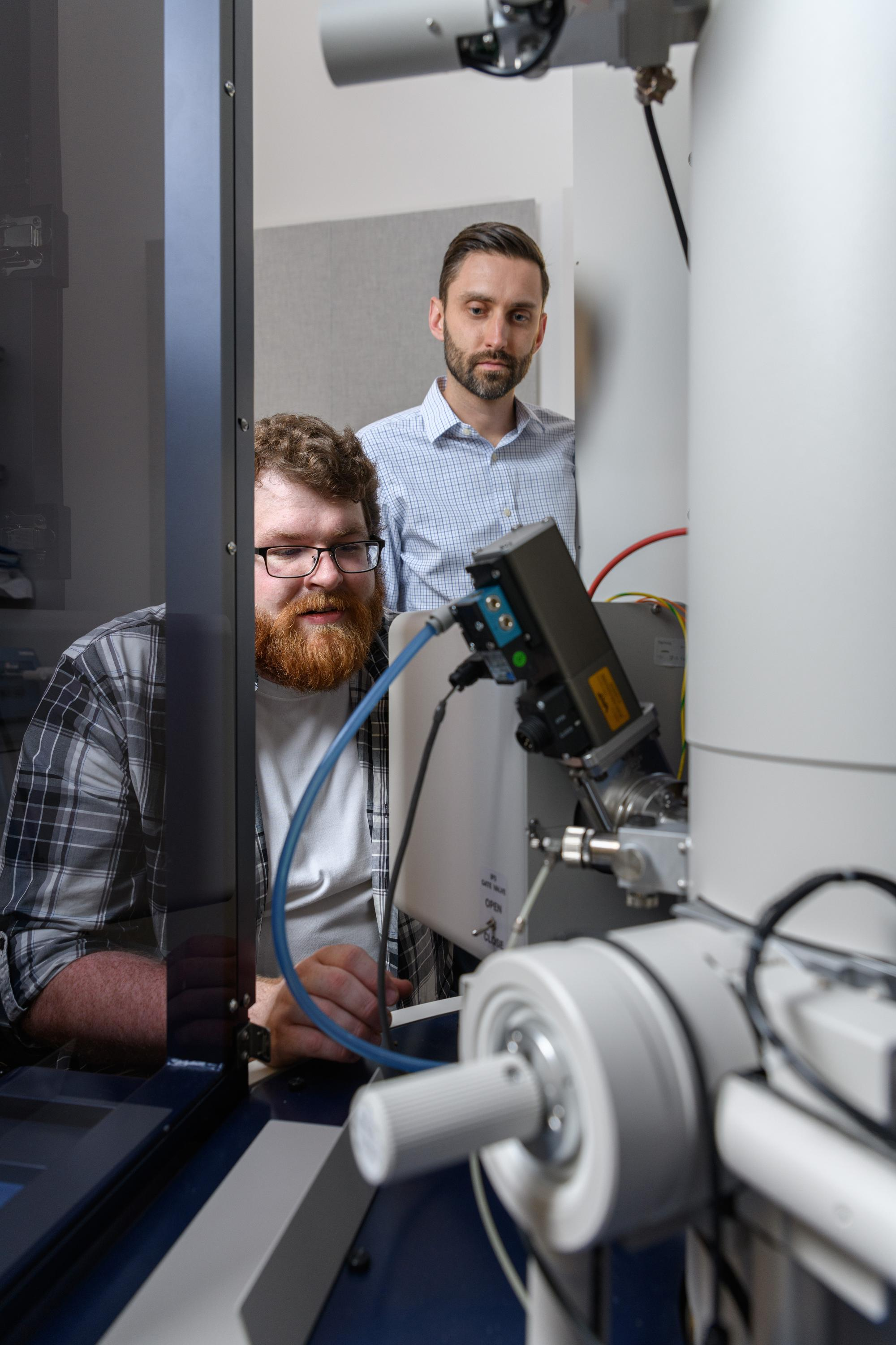 Matthew Boebinger, a graduate student at Georgia Tech, and Matthew McDowell, an assistant professor in the George W. Woodruff School of Mechanical Engineering and the School of Materials Science and Engineering, used an electron microscope to observe chem